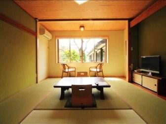 10畳和室(楽天トラベルより引用)