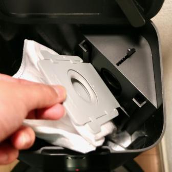密封型ゴミパックを取り付け