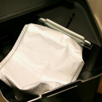 ダスト容器30杯分ものゴミを収集