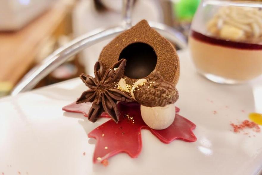 ロイヤルパークホテル 栗のチョコレート