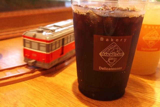 アイスコーヒーなめの箱根登山鉄道