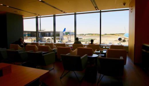 【ナリタトラべラウンジ】航空機を眺めながらゆっくりできる成田空港の有料ラウンジ
