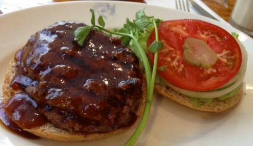 ホームワークス広尾店でアメリカンな雰囲気で食べる無添加テリヤキバーガー