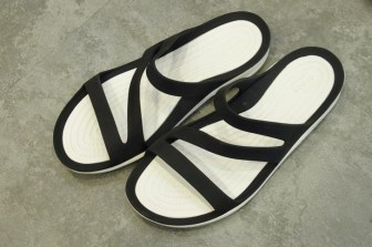 swiftwater sandal Black/White