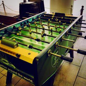 テーブルサッカーゲームをしに来ました。