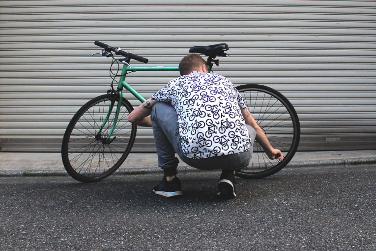 Tokyo Signs™ - Products inspired by the streets of Tokyo - Tokyo Bicycle T-shirt