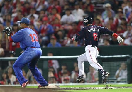Miyamoto legd out a grounder to keep the game alive.