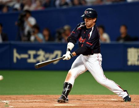 Yuhei wins the game on a single swing.