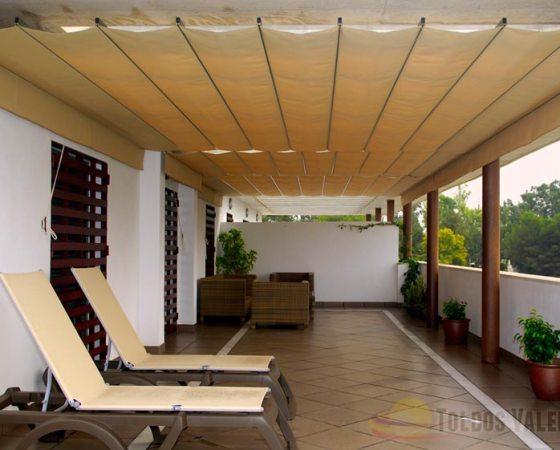 Toldos valencia venta y fabricaci n de toldos y persianas for Toldos triangulares para terrazas