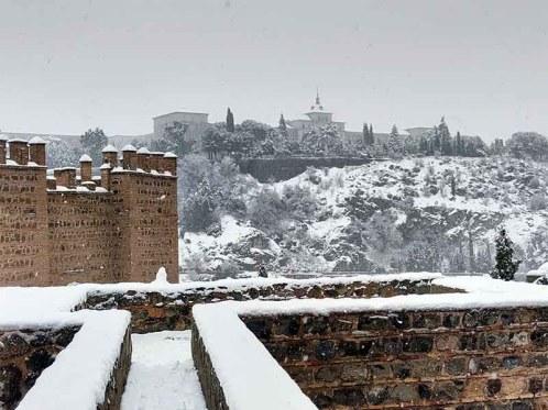 Academia militar Toledo nevado