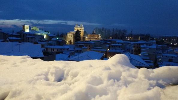 Puerta de Bisagra Toledo Nevado