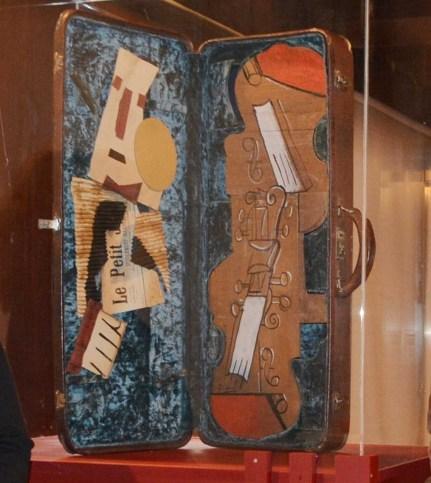 Estuche para 2 violines de picasso en Toledo