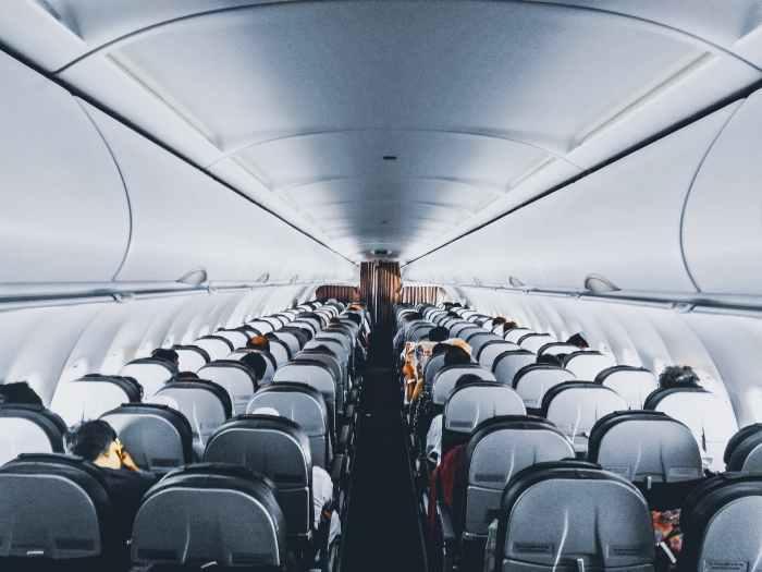 Líquidos em voos nacionais e internacionais