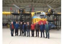 Photo of Eski yangın söndürme uçakları pilotları teknisyenleri: Göreve hazırız