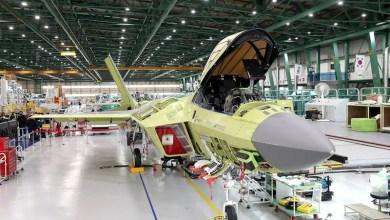Photo of G. Kore KF-X uçağını fabrikadan çıkartıyor