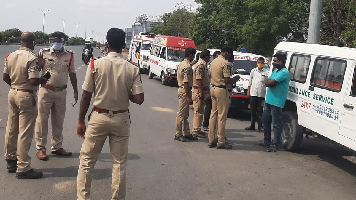 Telangana restricts entry of ambulances carrying Covid-19 patients from Andhra - Coronavirus Outbreak News