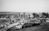 Vues des Plaines Lebreton, direction nord, suite à l'incendie d'Ottawa-Hull de 1900. No MIKAN 3624123 BAC