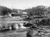 L'Intercolonial. Pont de Rivière-du-Loup. Credit: Alexander Henderson/Bibliothèque et Archives Canada/PA-022031