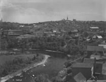 Rivière-du-Loup, non-daté. Credit: Canadian National Railways/ Bibliothèque et Archives Canada/ No. MIKAN: 3518042