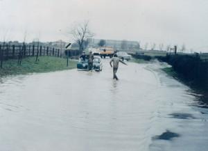 Tollerton Lane floods 040277
