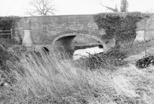 either side of Cotgrave Lane old bridge 030176