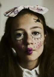 creepy doll make- & hair inspiration