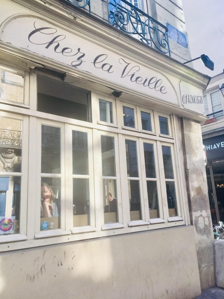 Chez la Vieille, Paris