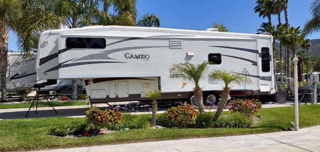 "California RV Resort ""Cameo"""