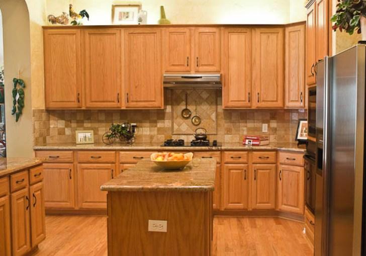 Oak Kitchen Cabinets And Granite