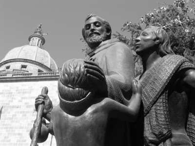 Escultura de Fray Andrés de Castro en Toluca