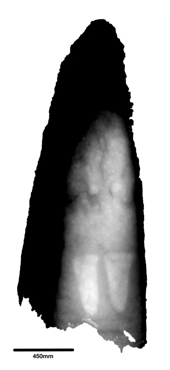 Depth image of the NE (inner leaning face) of the central stone.