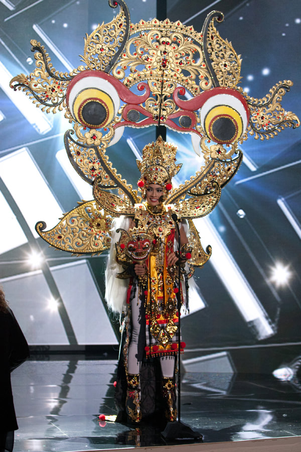 Miss Universe 2015 Part 2 Good Girls and Supervillains  Tom  Lorenzo