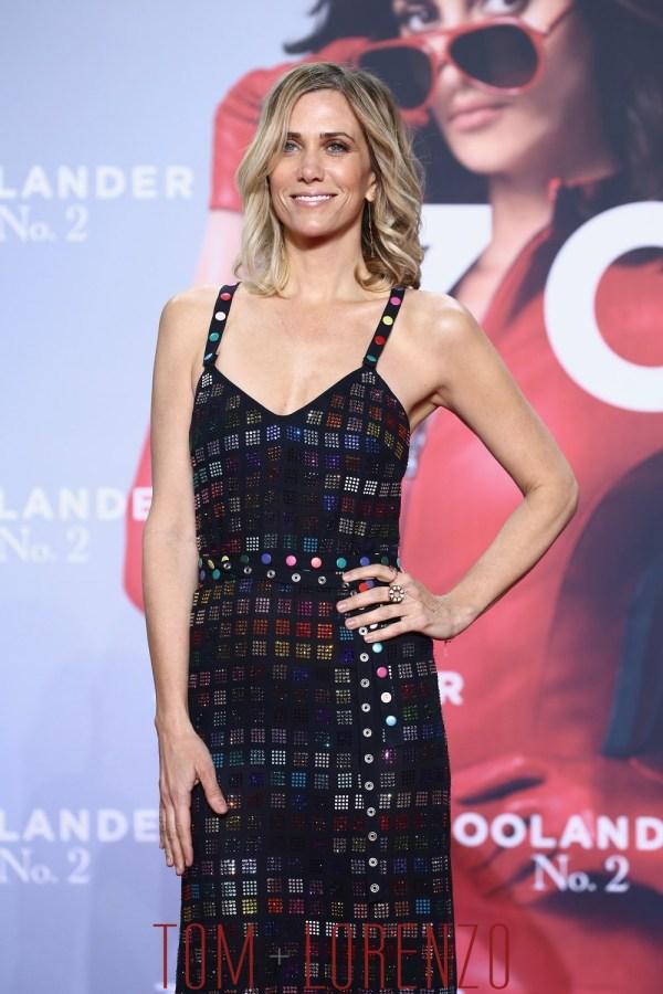 """Kristen Wiig In Rosie Assoulin """"zoolander 2"""" Berlin Fan Screening Tom Lorenzo"""