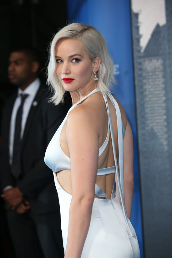 Jennifer Lawrence In Dior Couture At The X Men