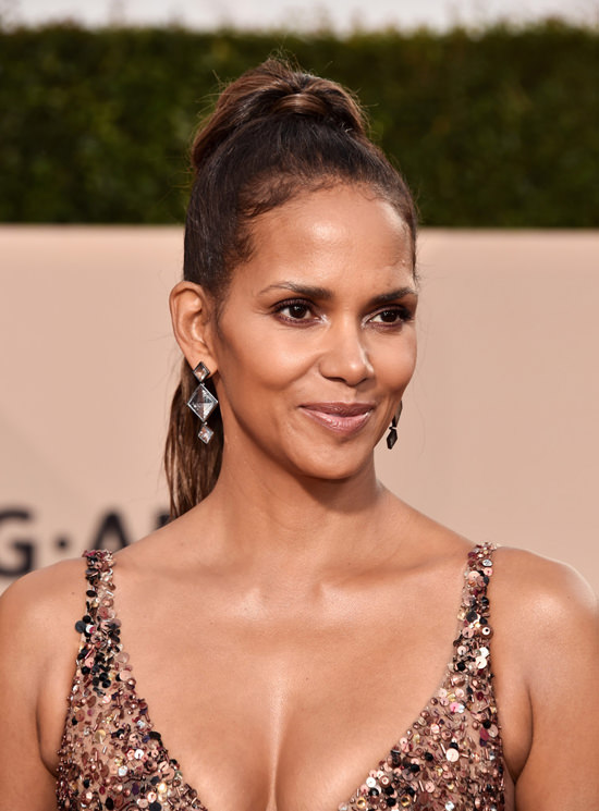 SAG Awards 2018 Halle Berry Remembered Shes A Star In