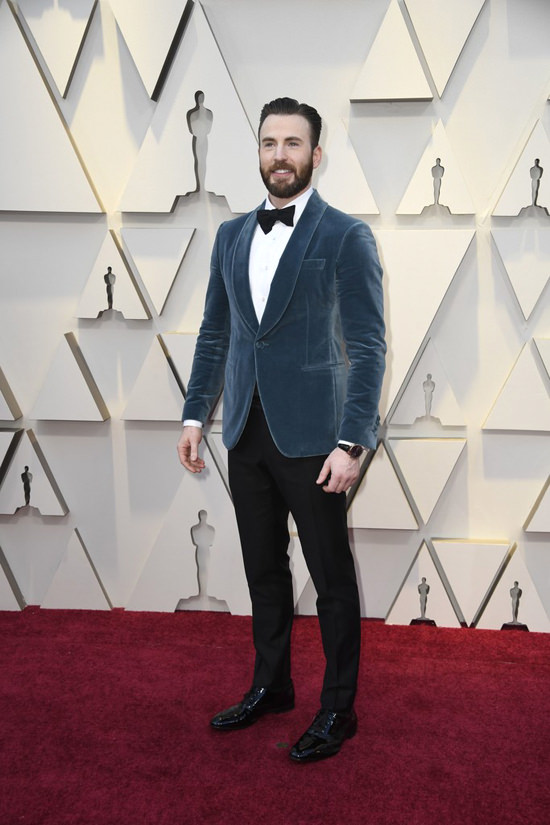 Oscars 2019 Spend a Moment with Chris Evans in Salvatore
