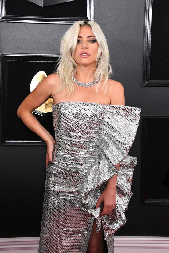 Grammy Awards 2019 Lady Gaga Serves Rocker Glam In Celine Tom Lorenzo