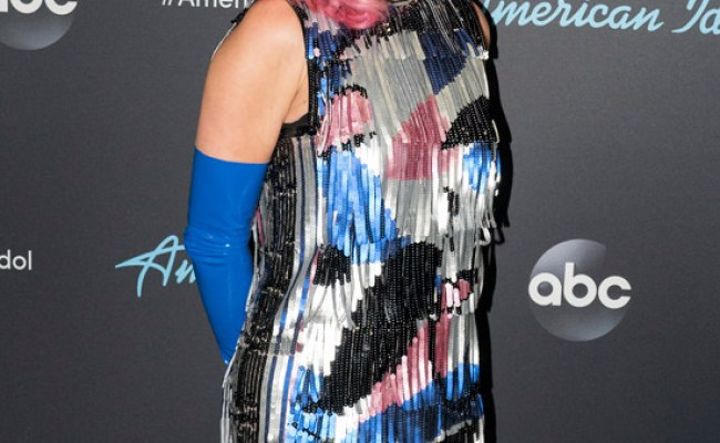 Style File Katy Perry In Redemption And Emilio Pucci At