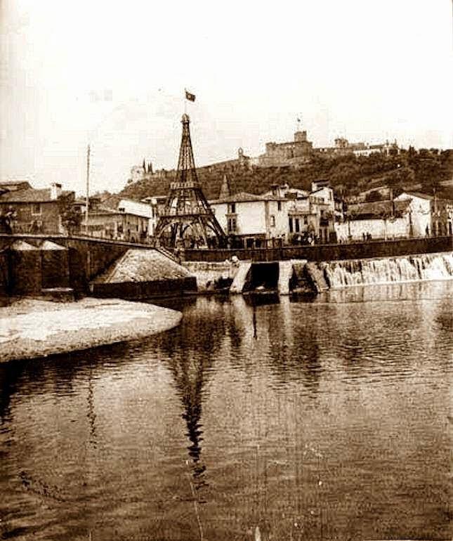Torre Eiffel erquida em Tomar na Festa dos Tabuleiros de 1914