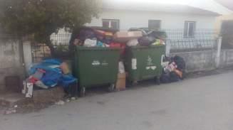 lixo 46_7575854218838278144_n