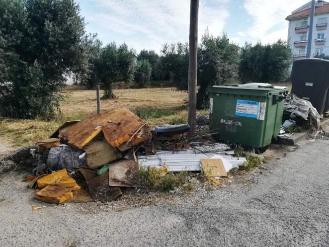 lixo IMG 20210603 081425