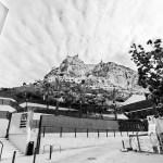 El Castillo de Santa Bárbara, desde la Plaza del Puente #Alicante