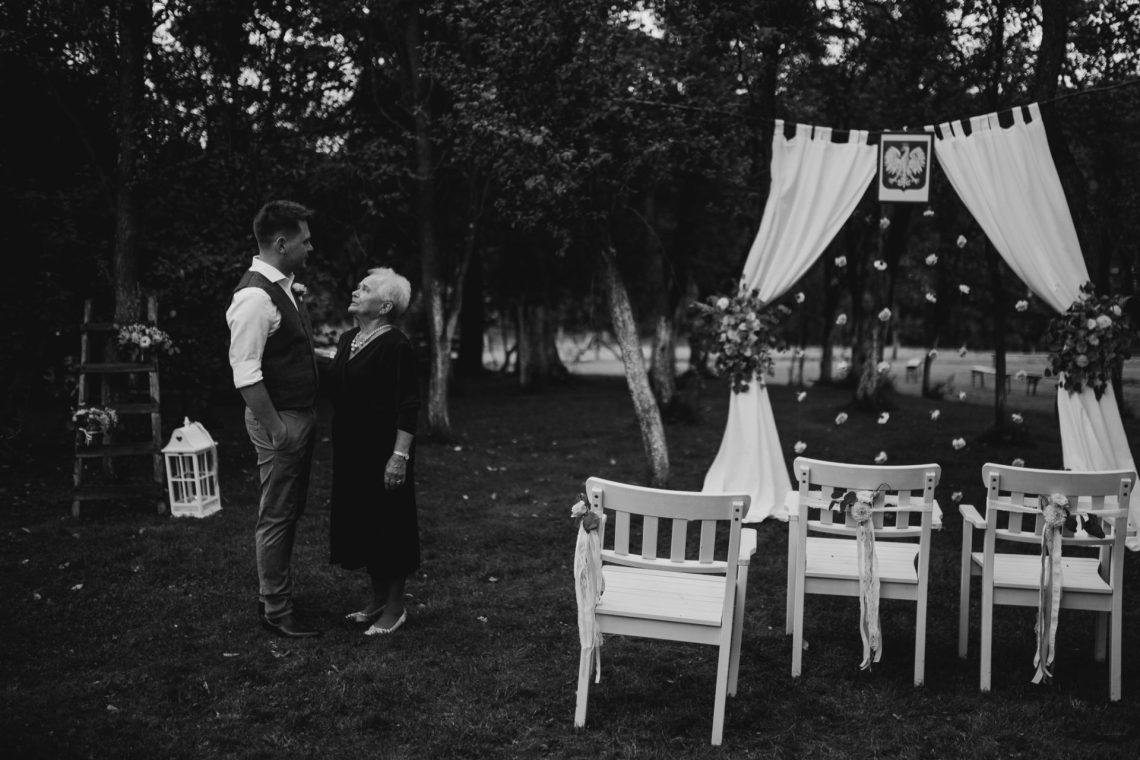 ranczo w dolinie przygotowania do ślubu