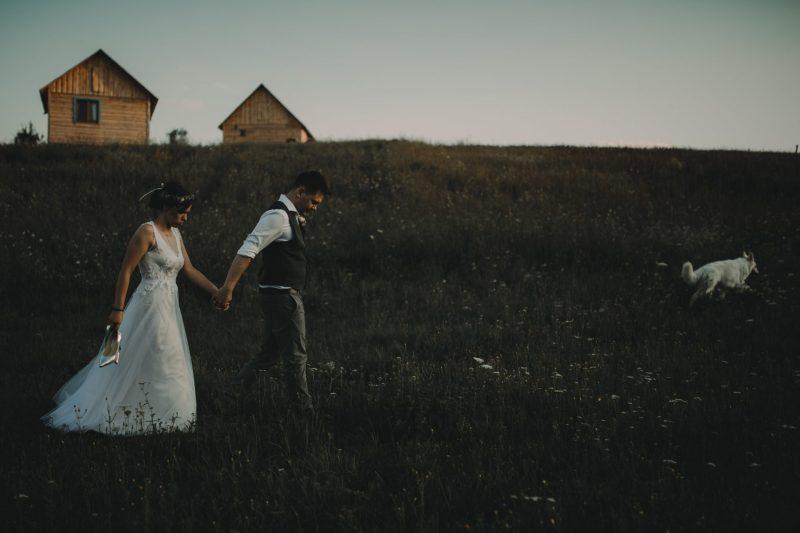 ranczo w dolinie sesja plenerowa ślub w plenerze