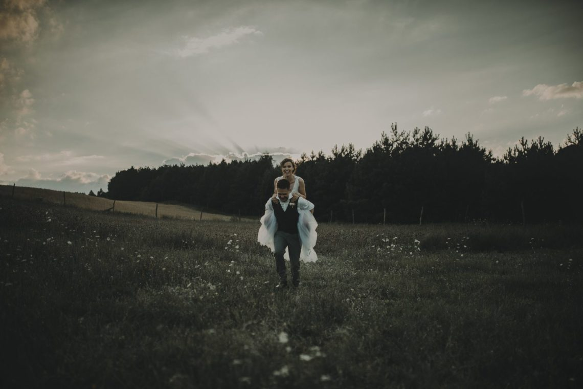 ranczo w dolinie sesja ślubna plenerowa