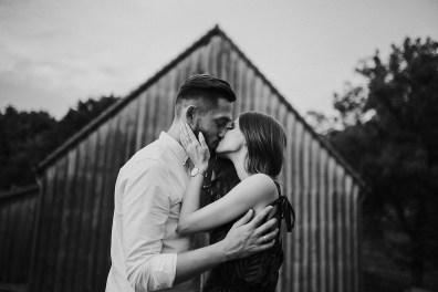 łysy młyn kiss poznański fotograf ślubny twardowski