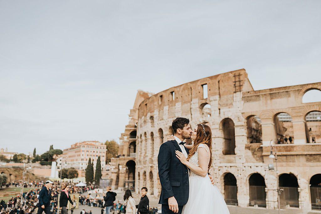 sesja ślubna w rzymie fotografia ślubna poznań twardowski rome italia włochy coloseo koloseum ludzie people
