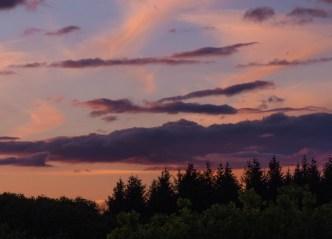 sun setting good-clouds