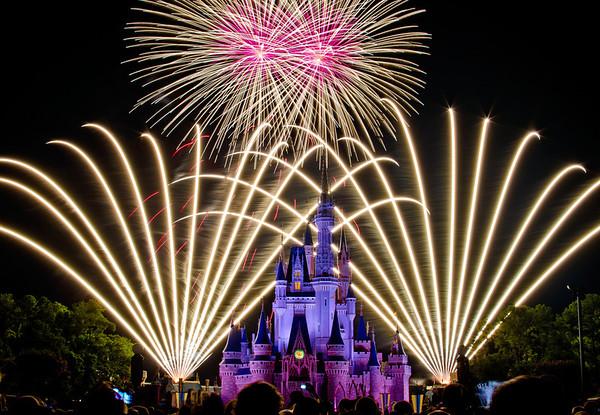 Best Magic Kingdom Fireworks Spots Disney Tourist Blog