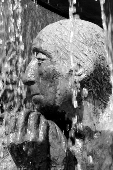 lebensalterbrunnen-wittenbergplatz-06-sw